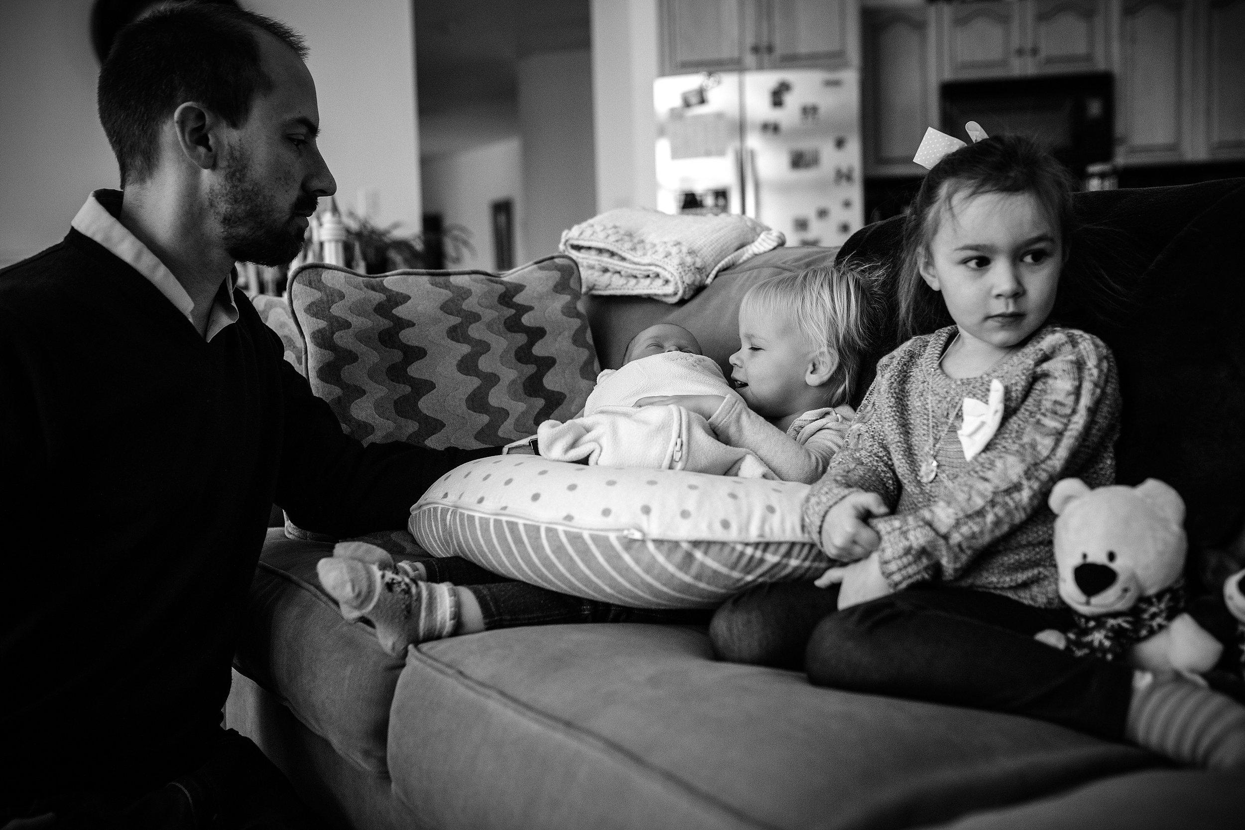 Lehigh-Valley-Documentary-Newborn-Photographer_0009.jpg