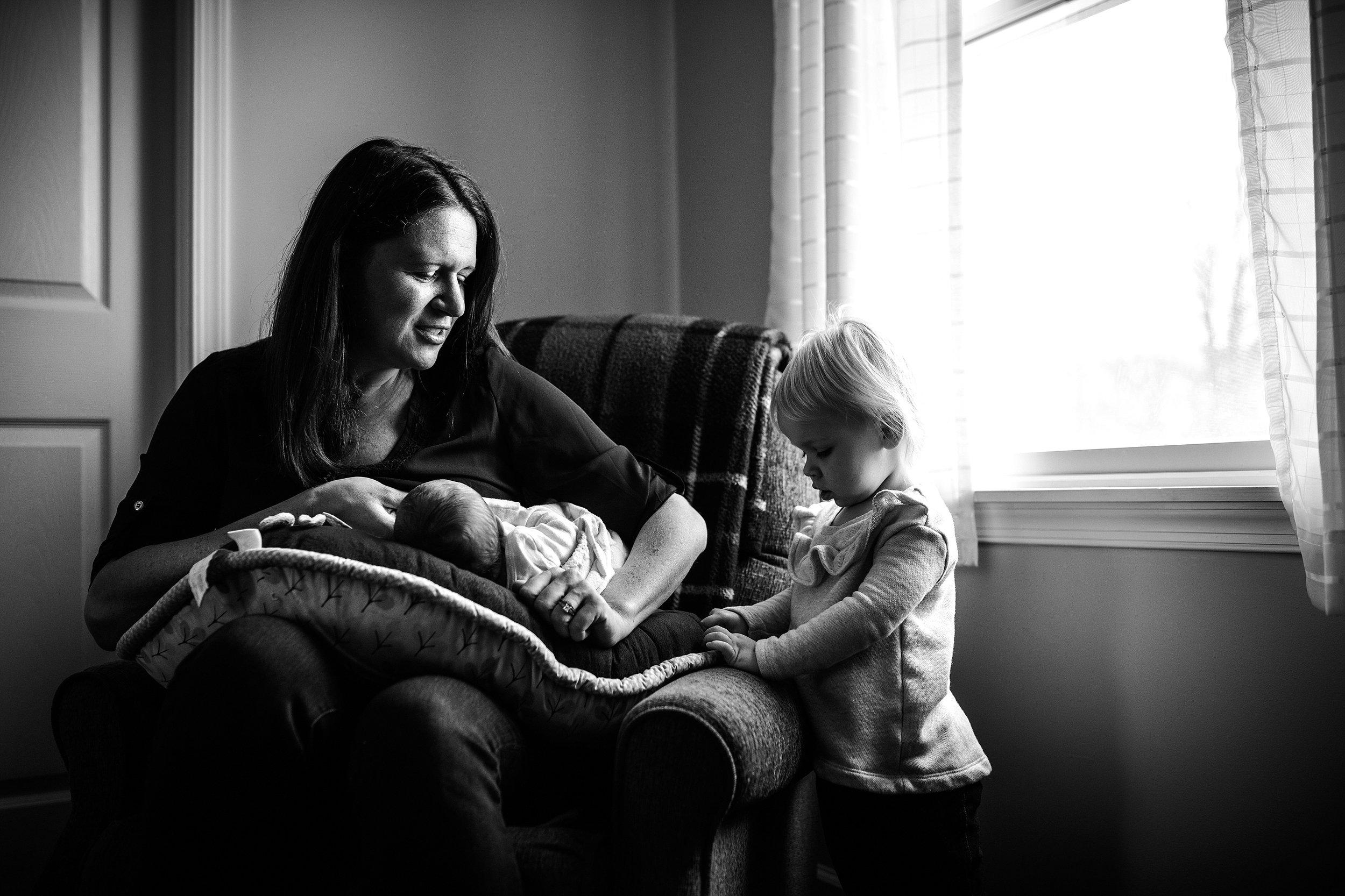 Lehigh-Valley-Documentary-Newborn-Photographer_0038.jpg