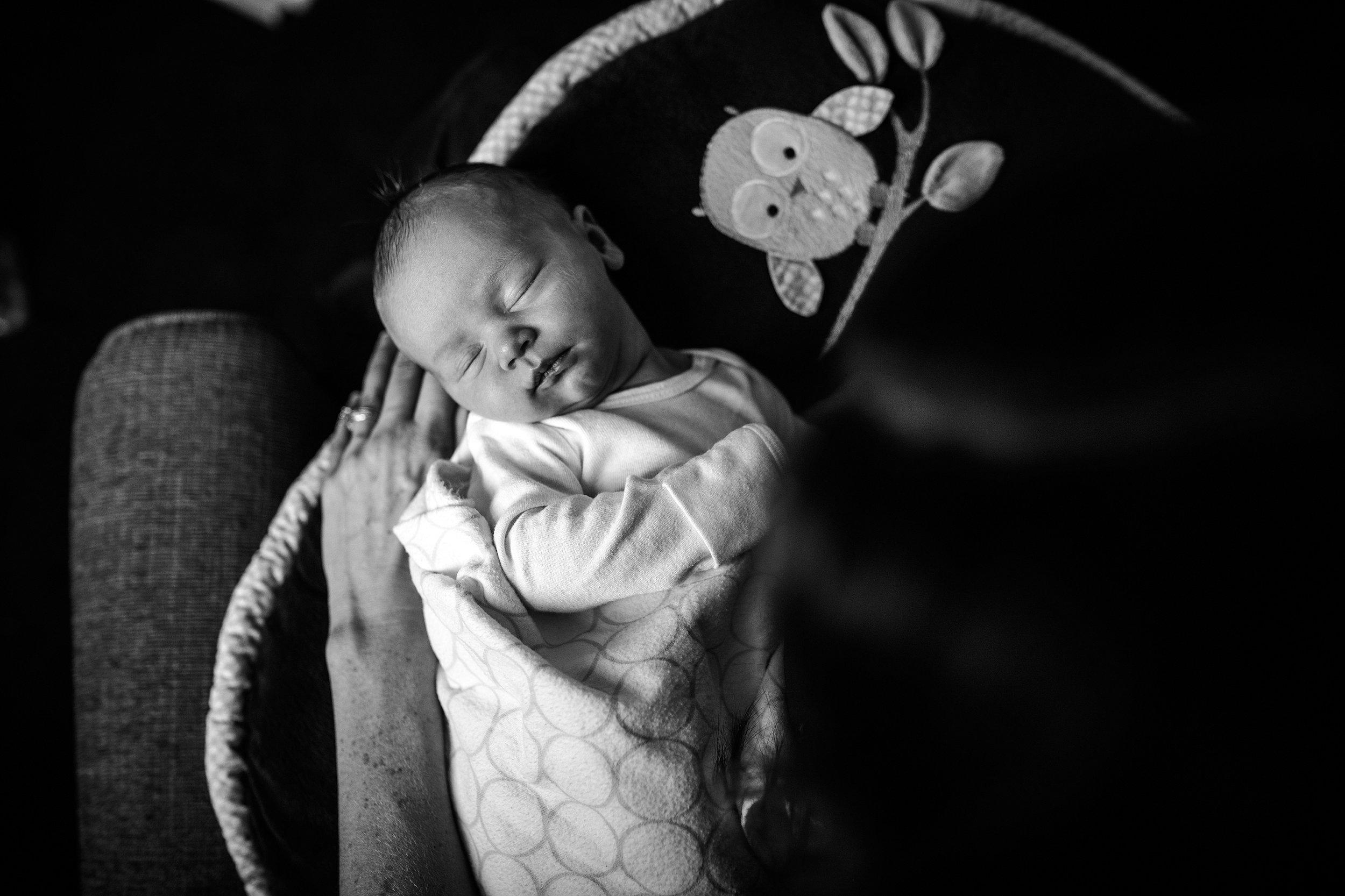 Lehigh-Valley-Documentary-Newborn-Photographer_0041.jpg