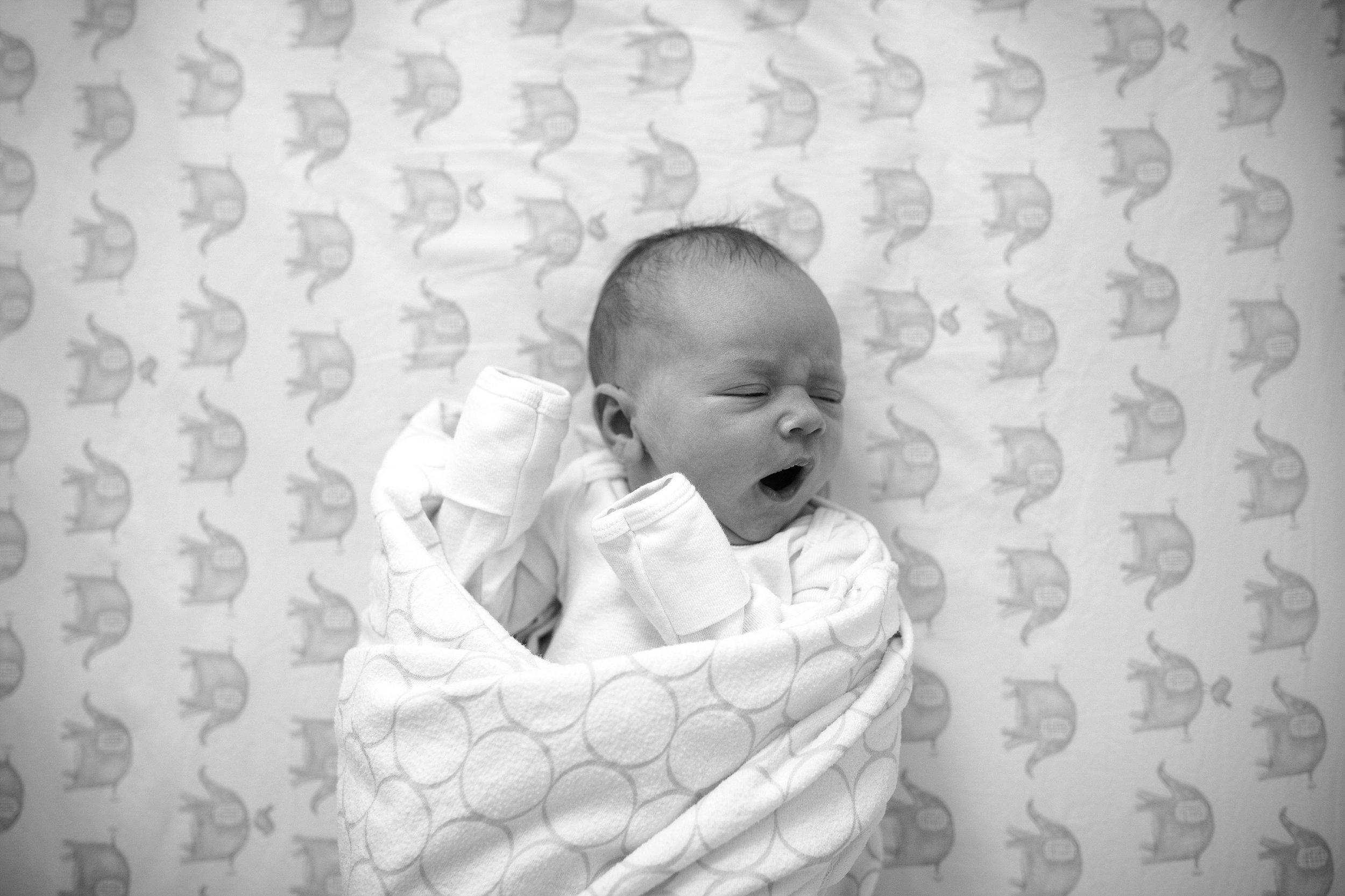 Lehigh-Valley-Documentary-Newborn-Photographer_0055.jpg