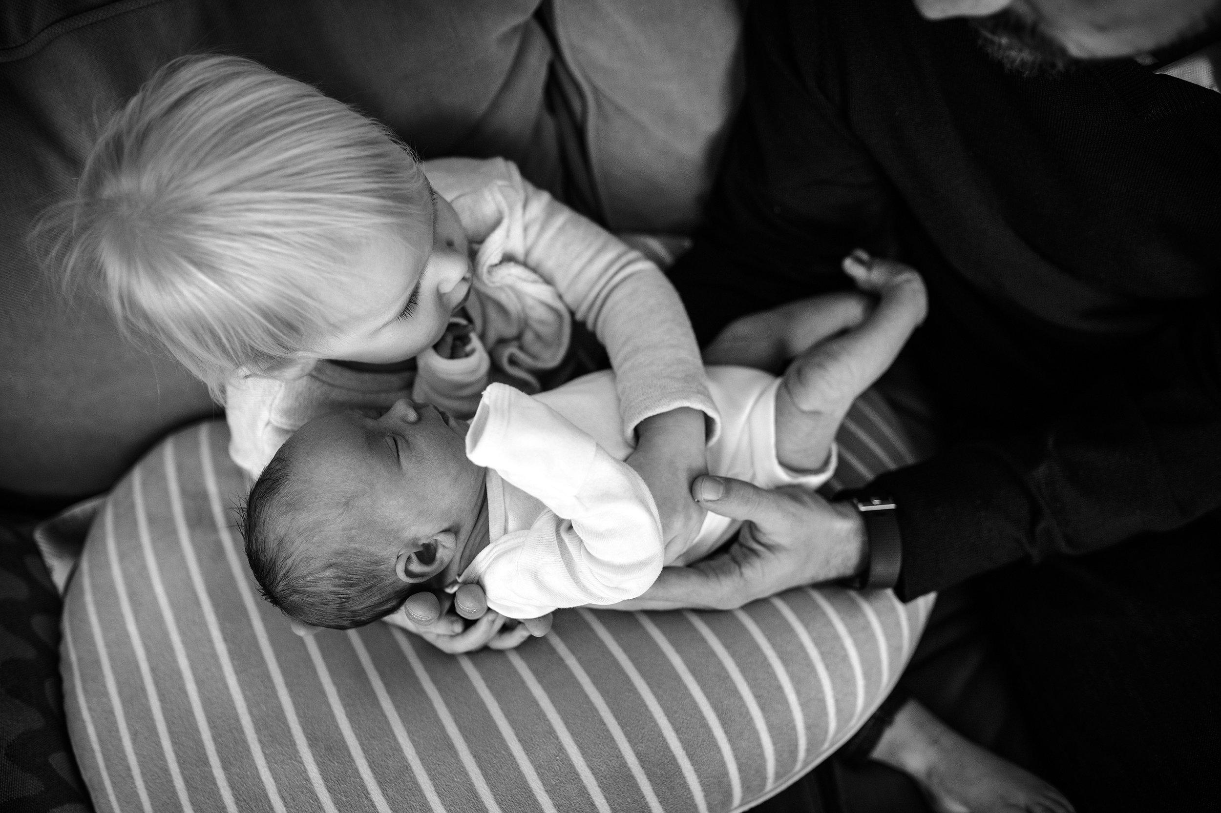 Lehigh-Valley-Documentary-Newborn-Photographer_0069.jpg