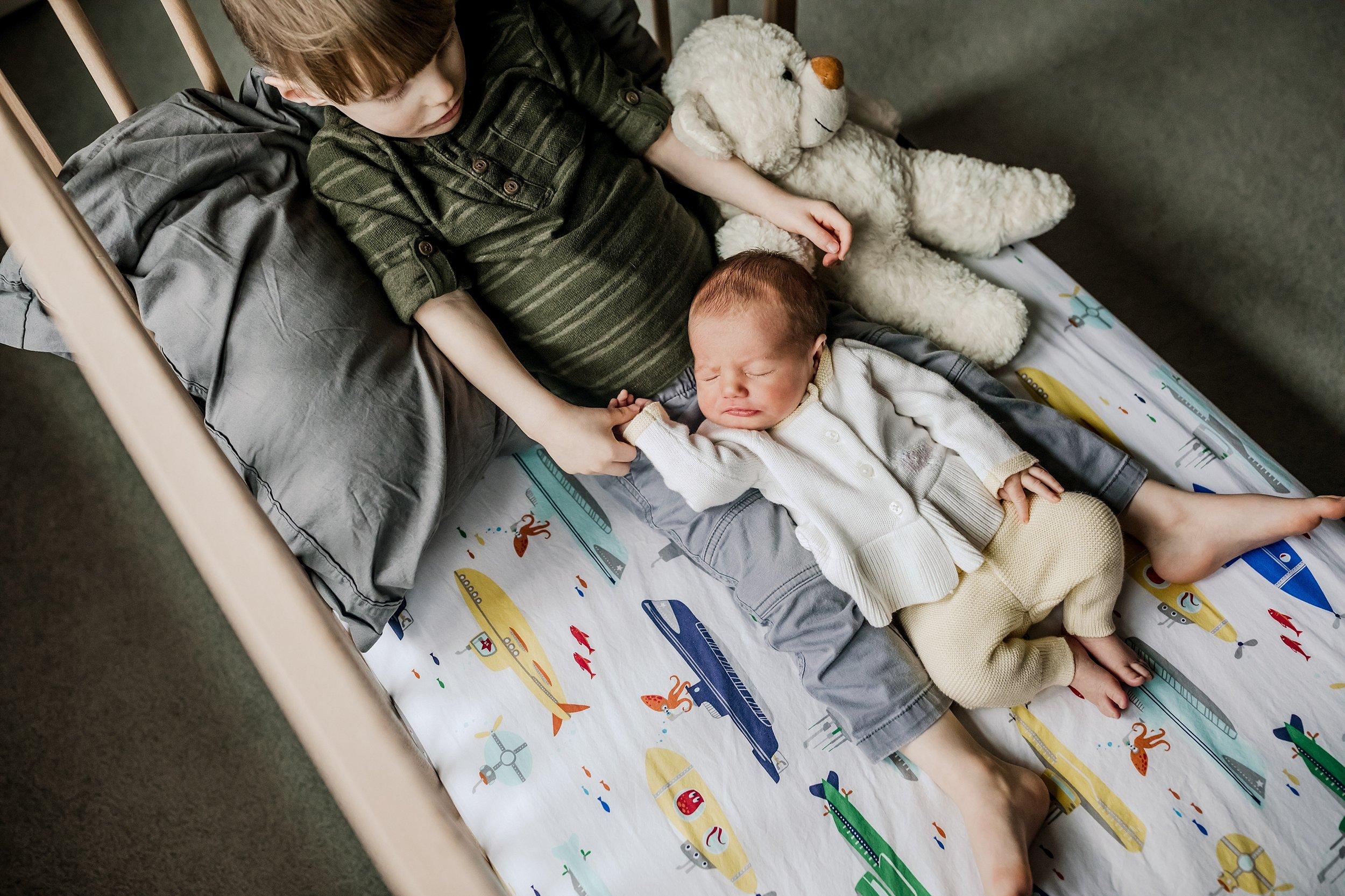 Lehigh-Valley-Newborn-Documentary-Photographer_0020.jpg
