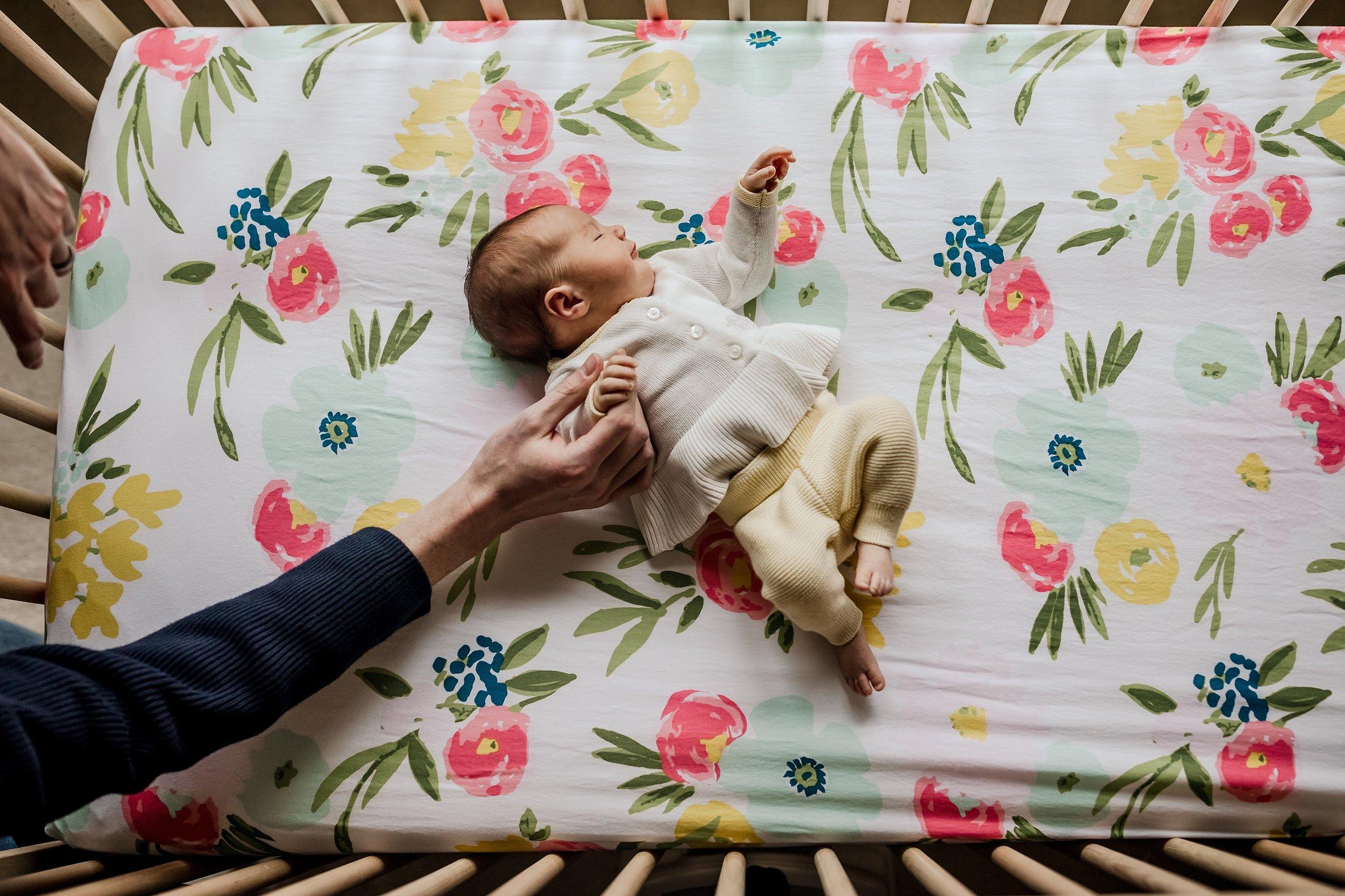 Lehigh-Valley-Newborn-Documentary-Photographer_0027.jpg
