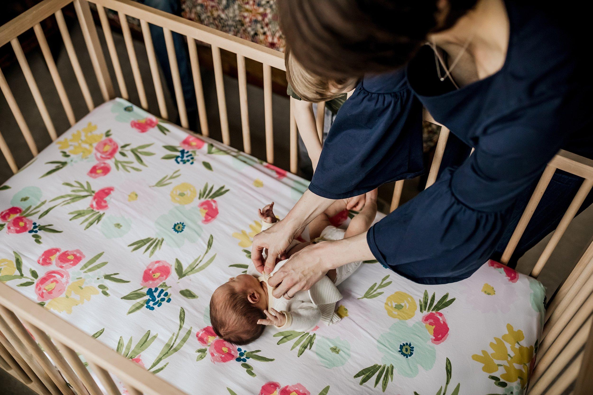Lehigh-Valley-Newborn-Documentary-Photographer_0032.jpg