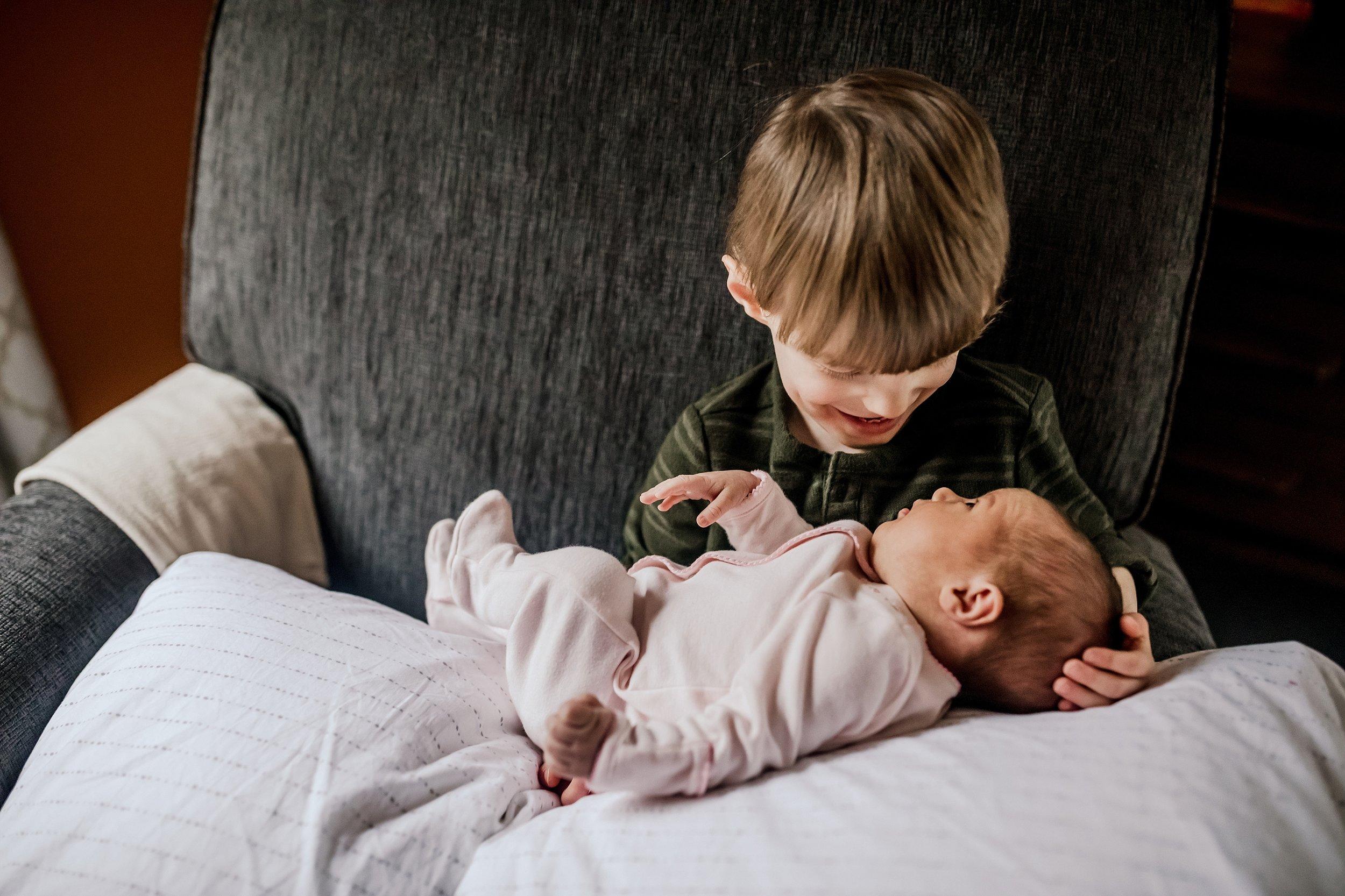 Lehigh-Valley-Newborn-Documentary-Photographer_0050.jpg