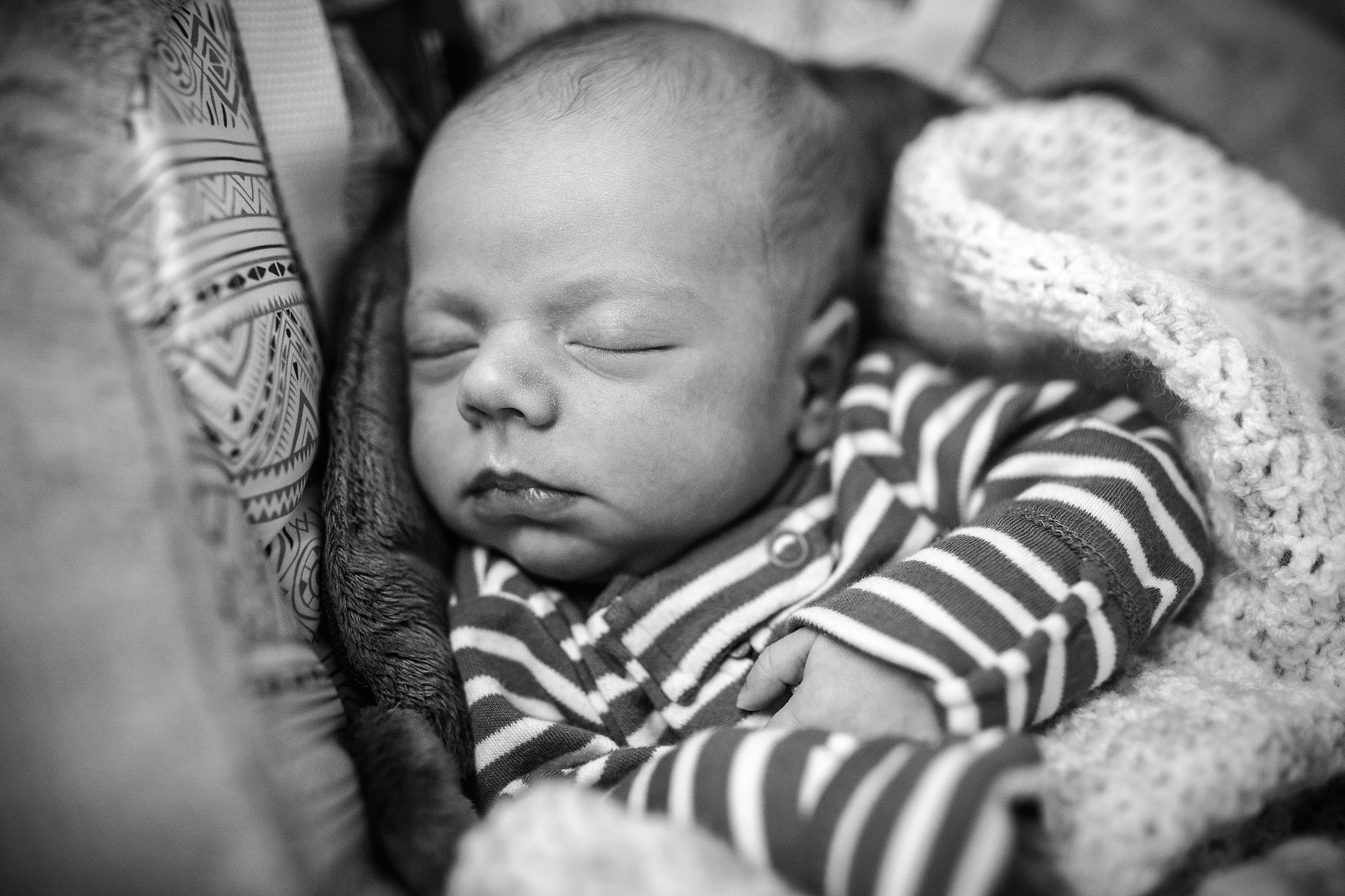 Lehigh-Valley-Newborn-Photographer_0003.jpg