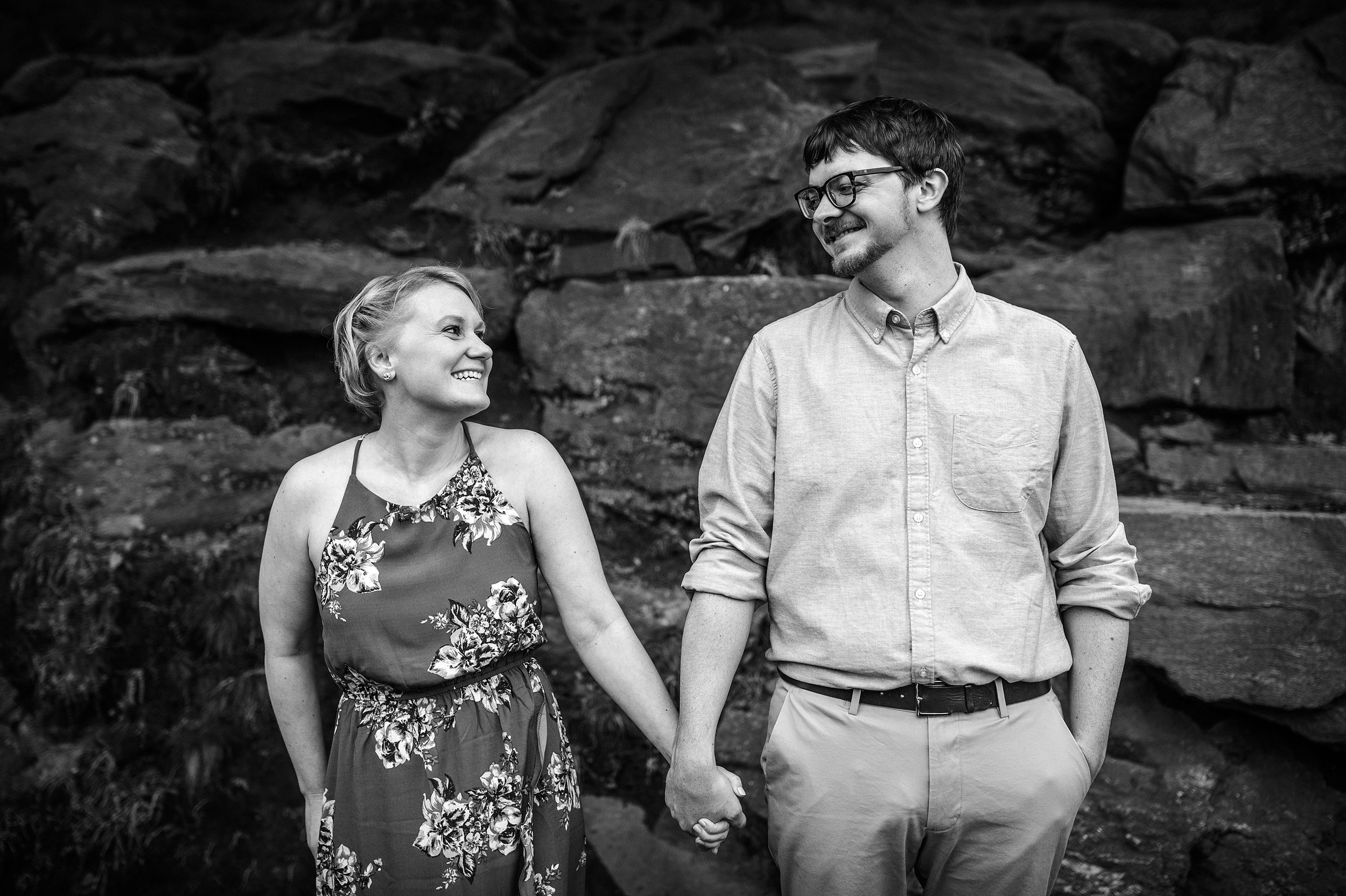 NYC-Engagement-Session-Tryon-Park_0013.jpg