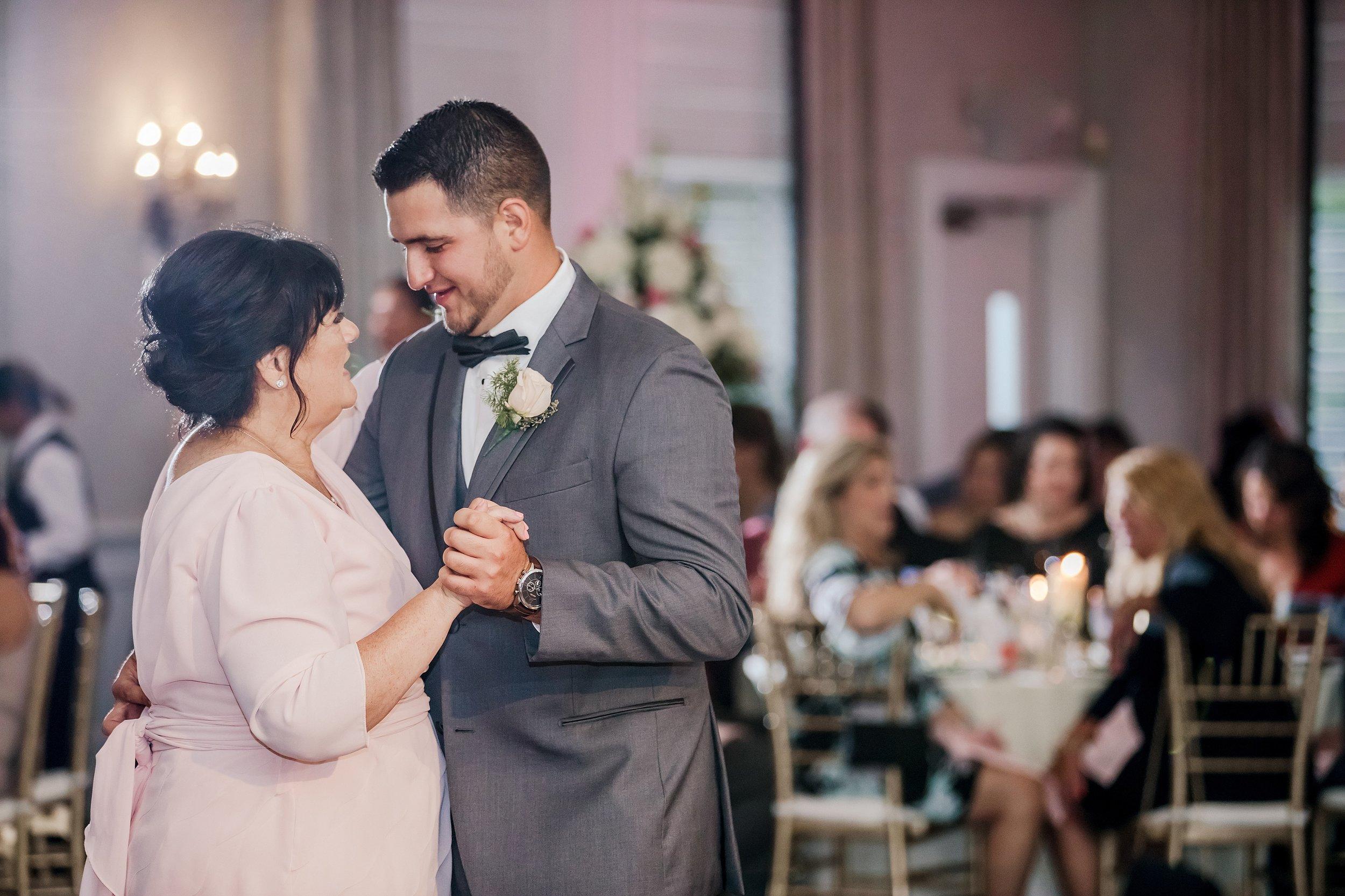 Philadelphia-Wedding-Photographer_0097.jpg