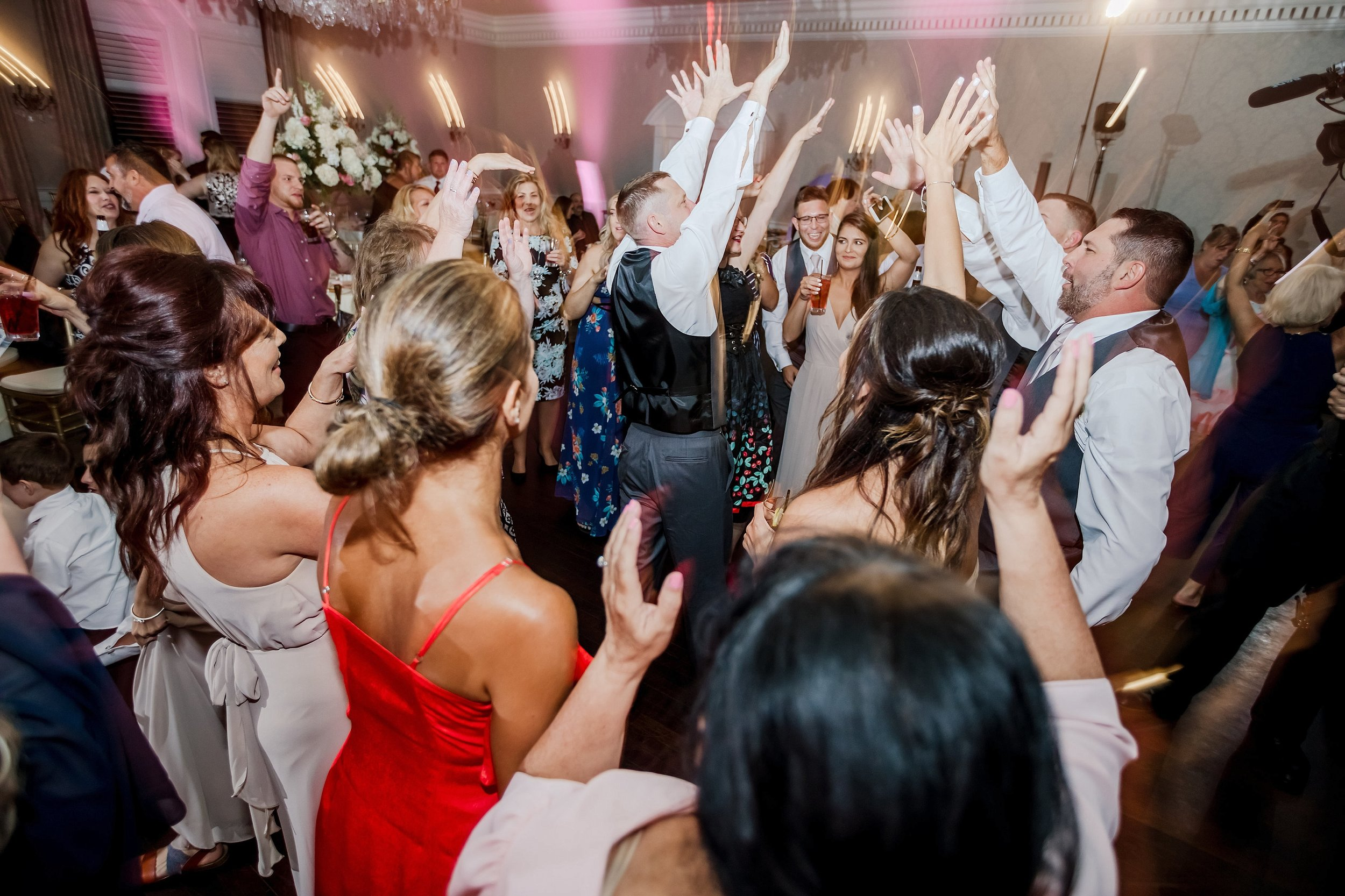 Blue-Bell-Country-Club-Wedding-Photographer_0010.jpg