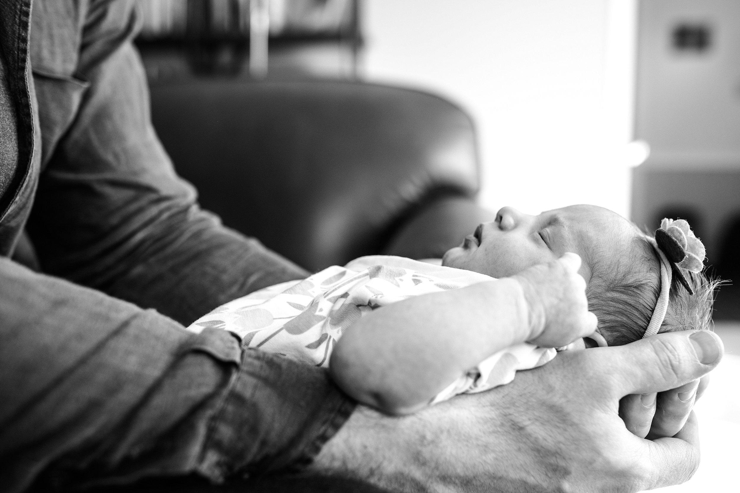 Lehigh-Valley-Newborn-Photographer_0023.jpg