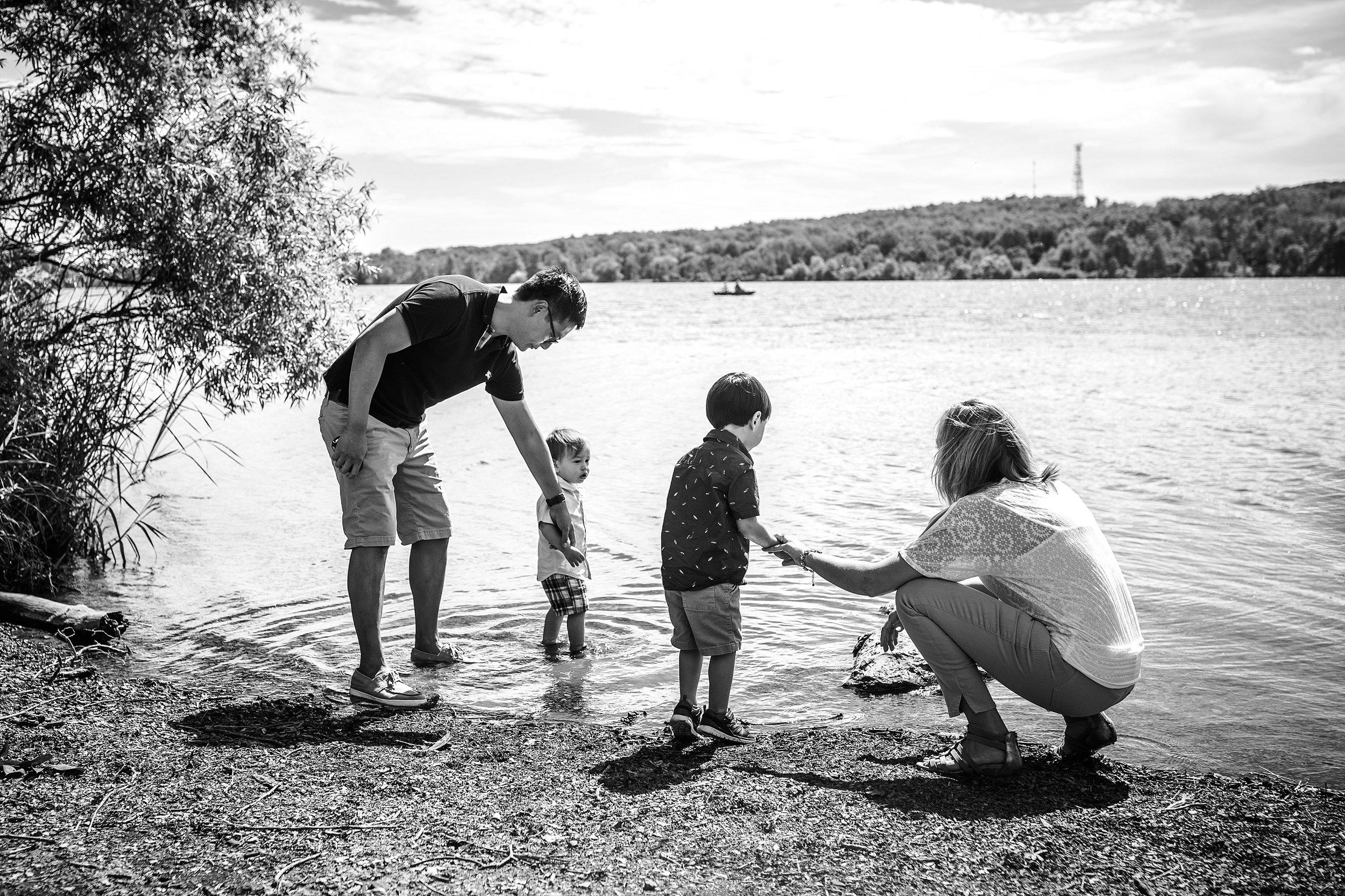 Bucks-County-Family-Photographer_0002-1.jpg