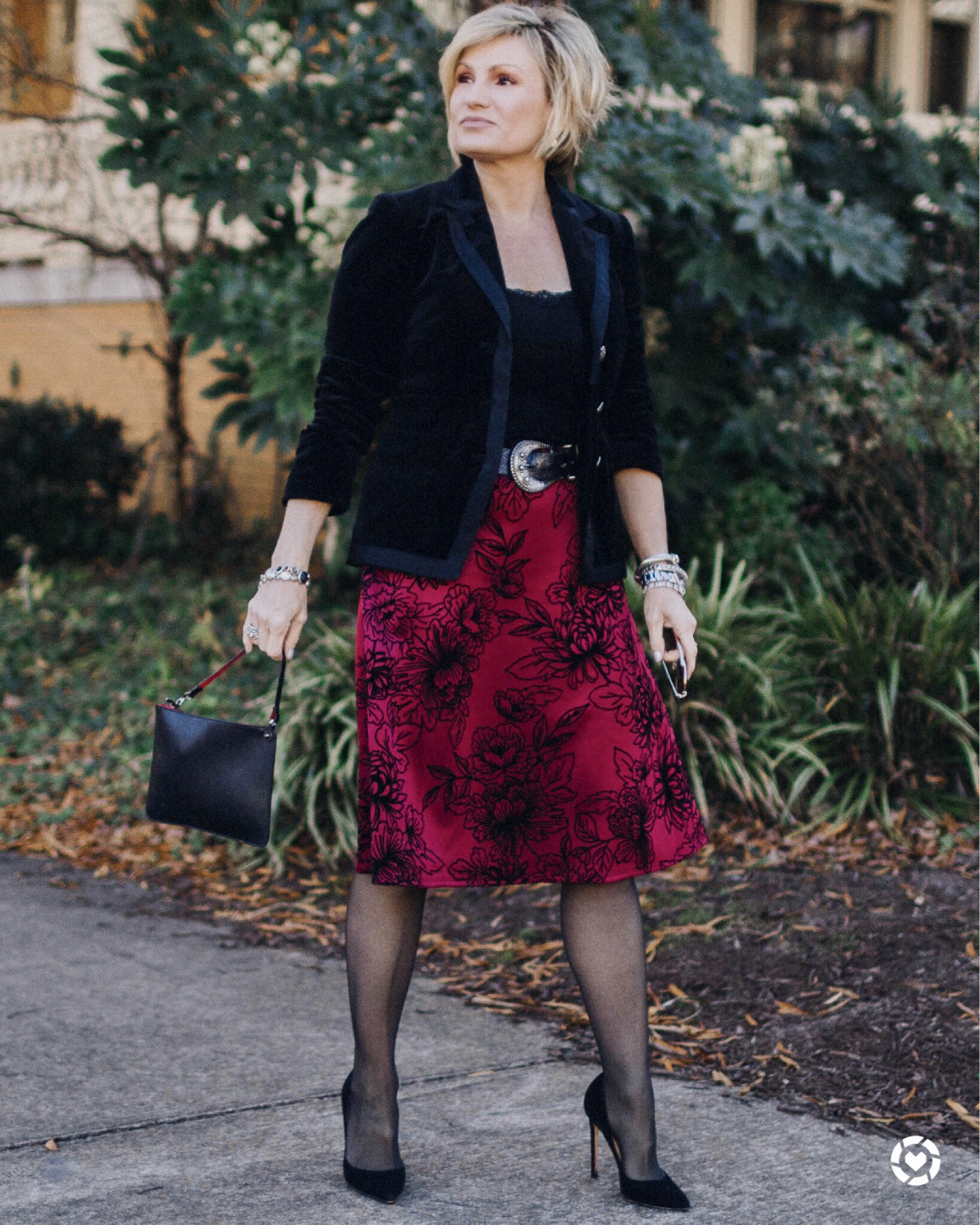 From in-office lunch to out-of-office party, @dressbarn will be making you #SparkleGlimmerGlow this holiday season. This floral scuba skirt has you covered with its forgiving waist and a-line silhouette. This skirt will be on repeat well into the New Year. Oh, and did I mention it was under $35? At this price you can grab two and gift one. Also comes in plus sizes. #ad #dressbarn     Skirt:  https://www.dressbarn.com/flocked-floral-scuba-circle-skirt-/prd-103620706?ref_page=search#color/954