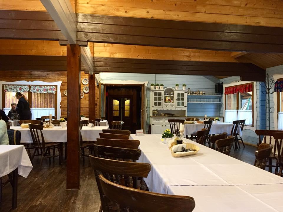 Inside the restaurant, I felt like I was eating at grandma's house!
