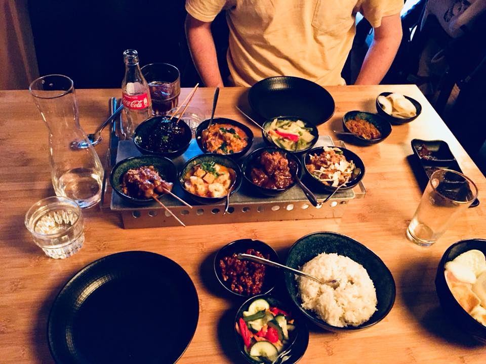 Rijsttafel at Sampurna