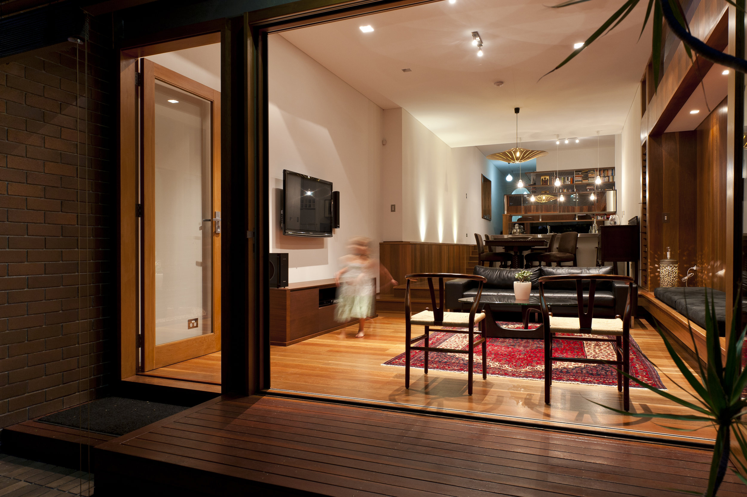 2011027154-00-KensingtonHouse-JohnSlaytor.jpg