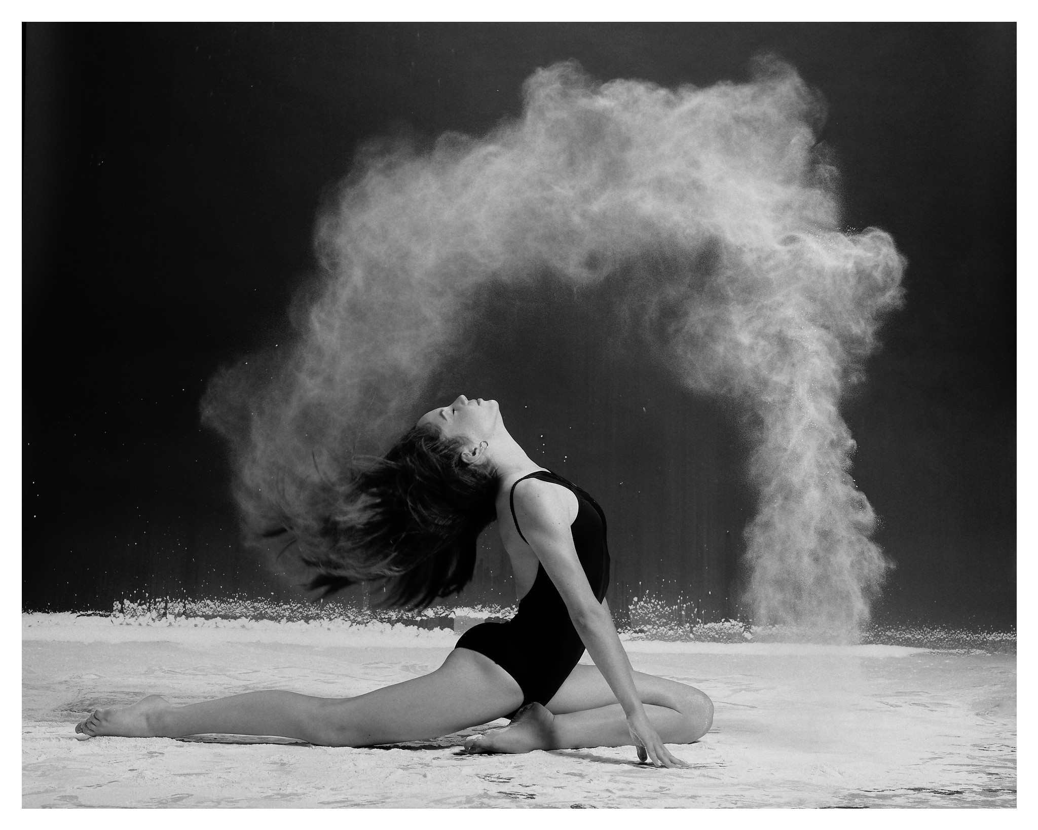 00134_DanceCo-Flour_©2019-The-Lotus-Studios-inc_190820_DxO.jpg