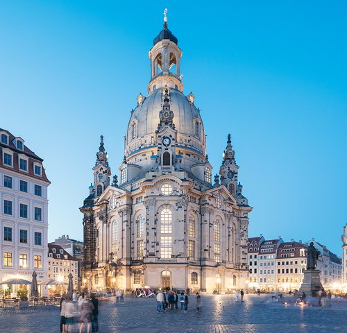frauenkirche-dresden_foto_oliver_killig.jpg__500x480_q85_crop-smart_cropper-booking_detail-_subsampling-2.jpg