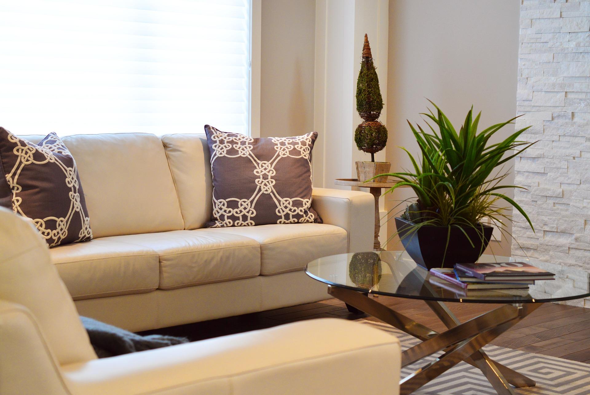 living-room-2174575_1920.jpg