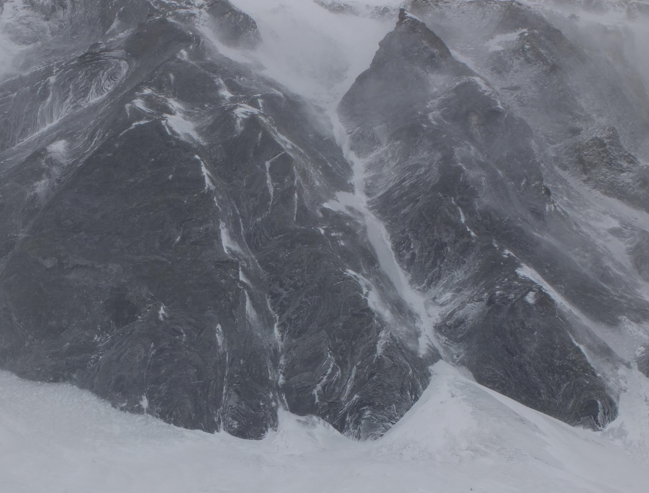 am Fusse des Mont Dolent VS