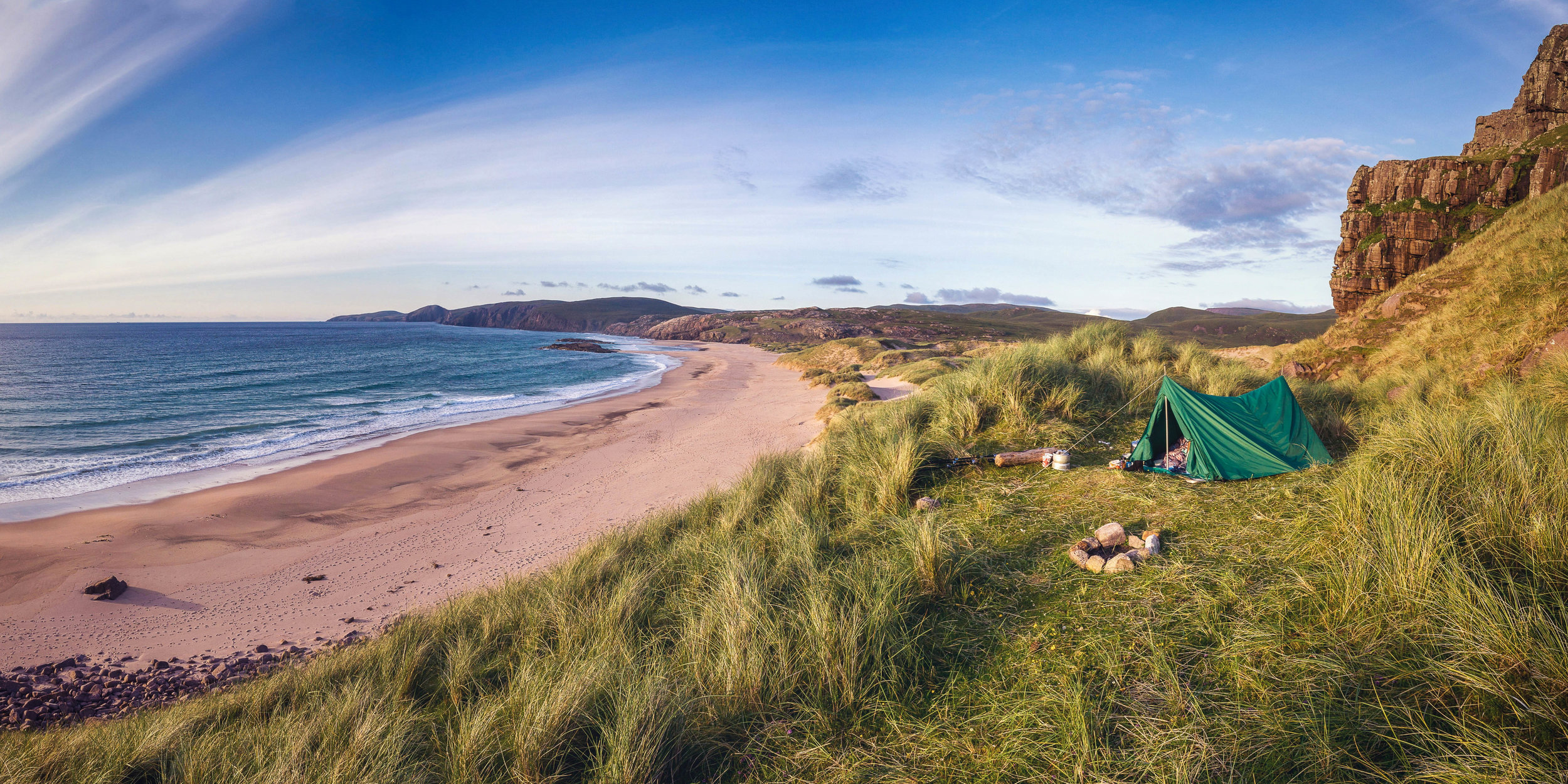 Mobile Living - Camping at Sandwood Bay in Scotland)