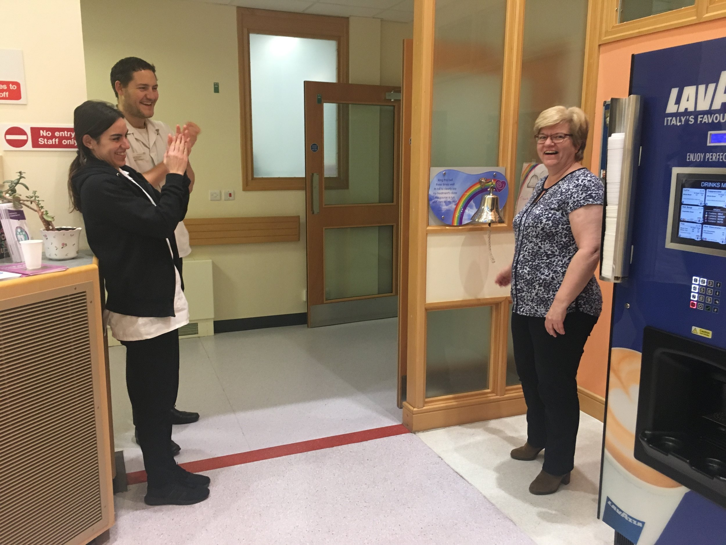 Pat Hipkiss Jan 2019 Image 2 Final radiotherapy session The ringing of the bell 22nd January 2019.jpg