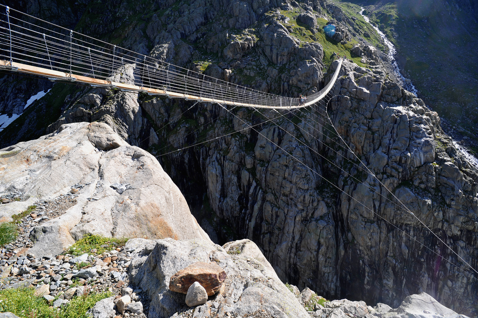 Trift_bridge, Switzerland Хрюша:Creative Commons.jpg