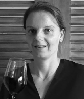 Sophie Dubois is a local Bordeaux Girl, She 's an Oenologist from Bordeaux University of Oenology. She's the head of wines (technical) and finance...    sophie@maisonidiart.com