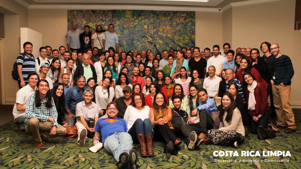 Ciudadanos costarricenses reunidos el 30 de enero en el Hotel Corobicí