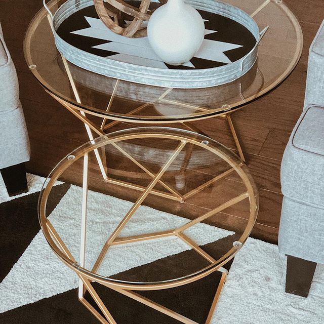 Baby G is on the move so I'm saying goodbye to my gorgeous Willo Arlo Interiors glass top gold tables 😭 can you hear me sobbing from there?  I'm on the struggle bus of child proofing at the moment, what's your Monday hustle struggle??? . . . Follow Us @andisinteriorschelsea . . . #ilovegold #coffeetable #willoarlointeriors #caseofthemondays #myhousebeautiful #hgtvstyle #fixerupperstyle #howyouhome #interior4all #homesofig #homestyle #makeyourhomeyourhaven #interiorstyling #finditstyleit #howyouhome #thenewsouthern #interiordecor #homedecor #inspotoyourhome #interiorliving #interiordesign #chelseami #dextermi #annarbor #northernmichign #puremichigan #michiganhomes #andisinteriors