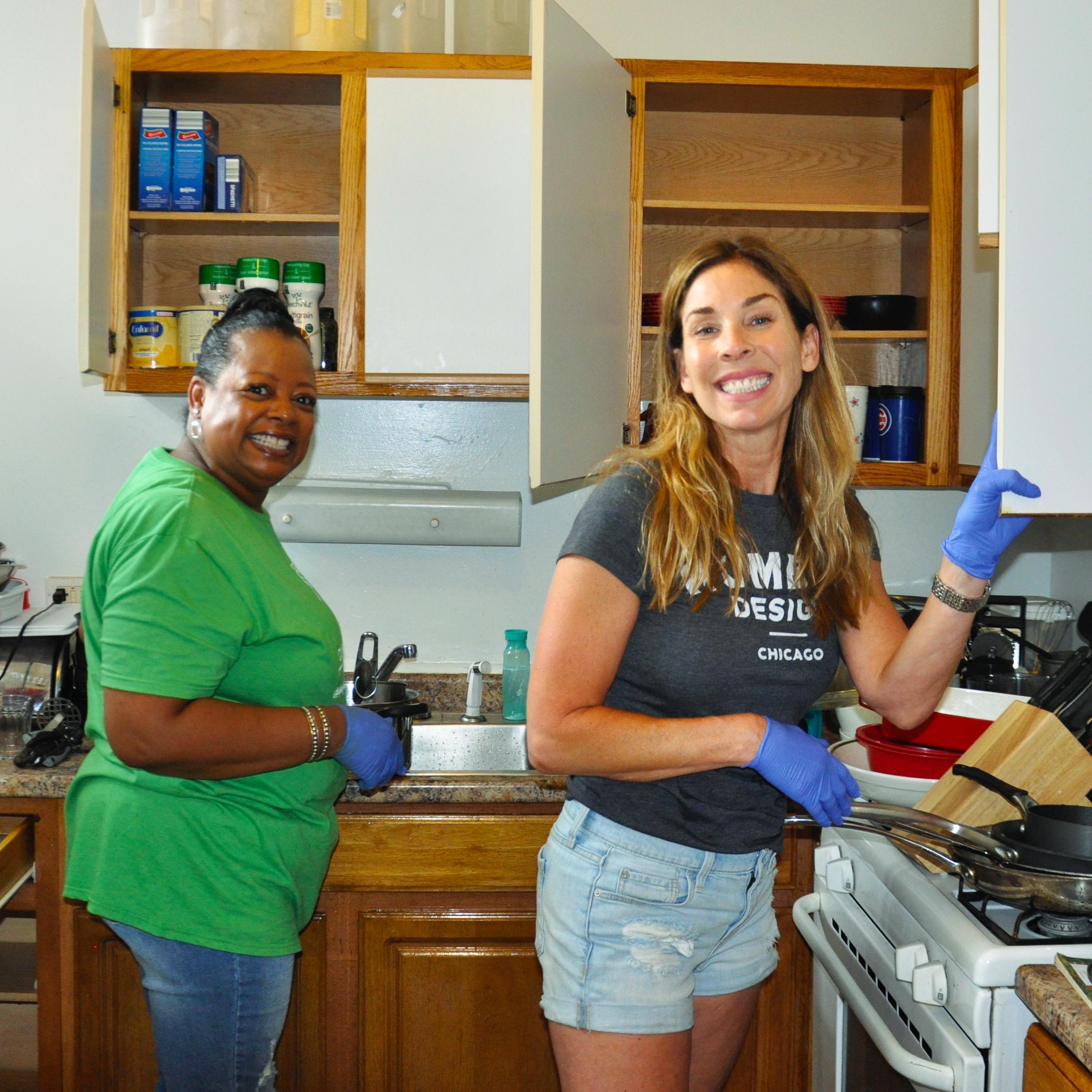 Kristin and volunteer