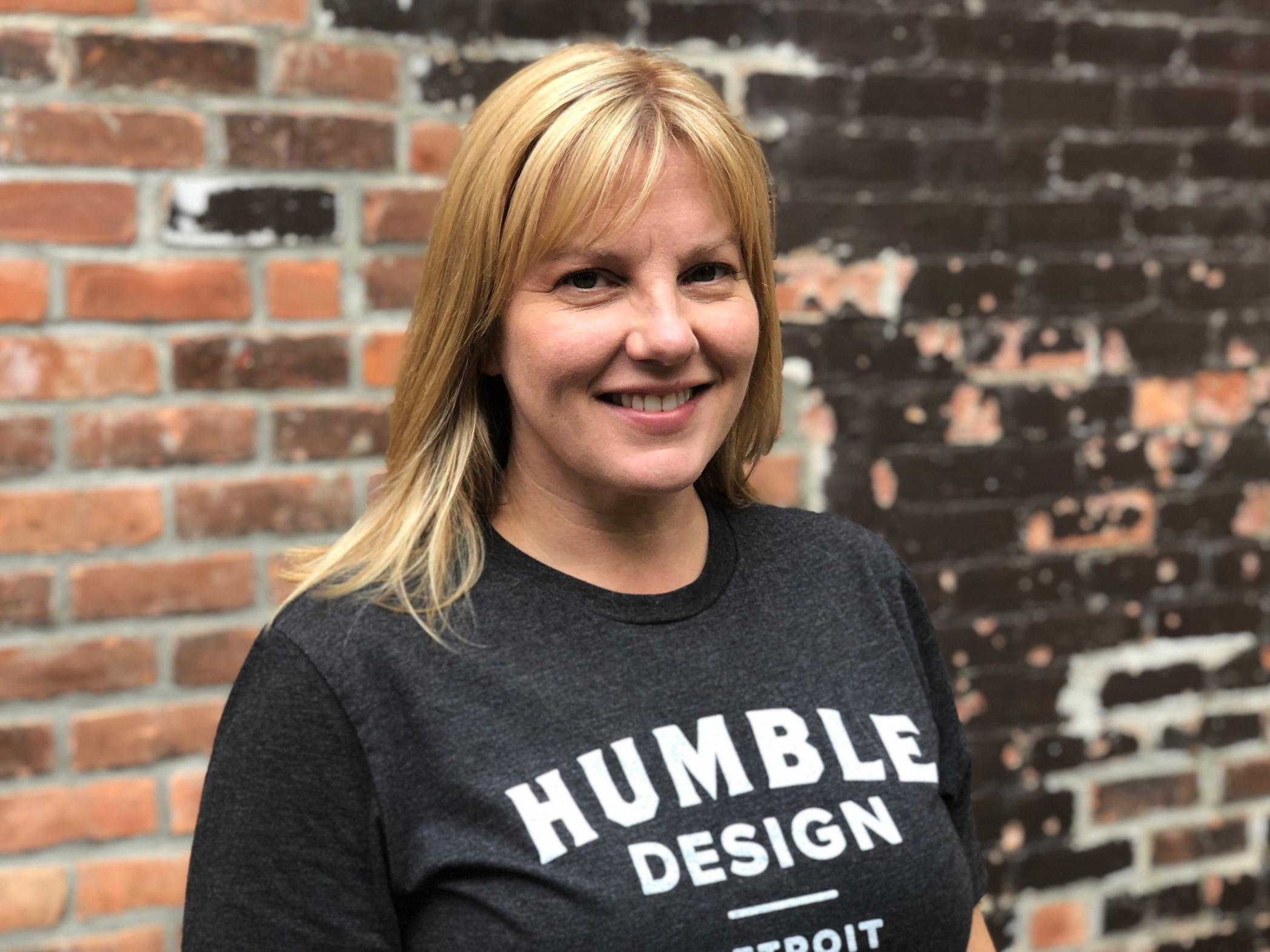 Leslie Johns, Design Assistant