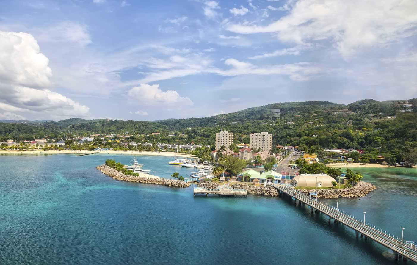 Jamaica, Montego Bay - Up to 5 couples will enjoy a week in the 5 thousand sq. ft., 5-bedroom, Datura Villa located on 9 acres of private property overlooking the aquamarine waters below. Comes with a private chef and full staff to meet your every need.Donor ~ Evan Cole