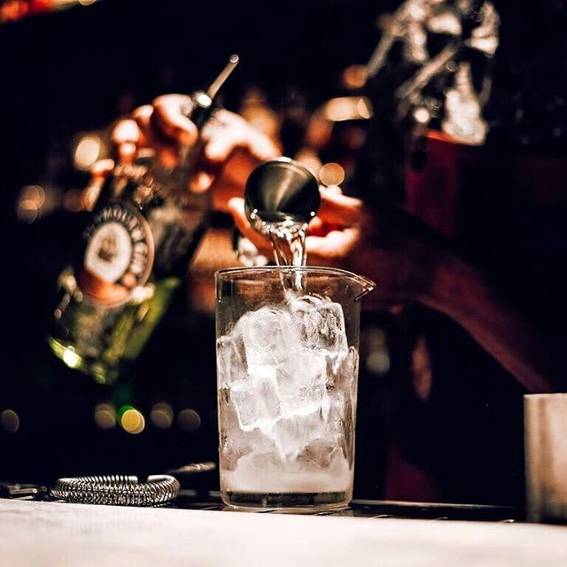 Impecável a cada dose #SubAstor #50BestBars #Dose #Gin #Cocktails #Mixology #Cheers #Worlds50BestBars