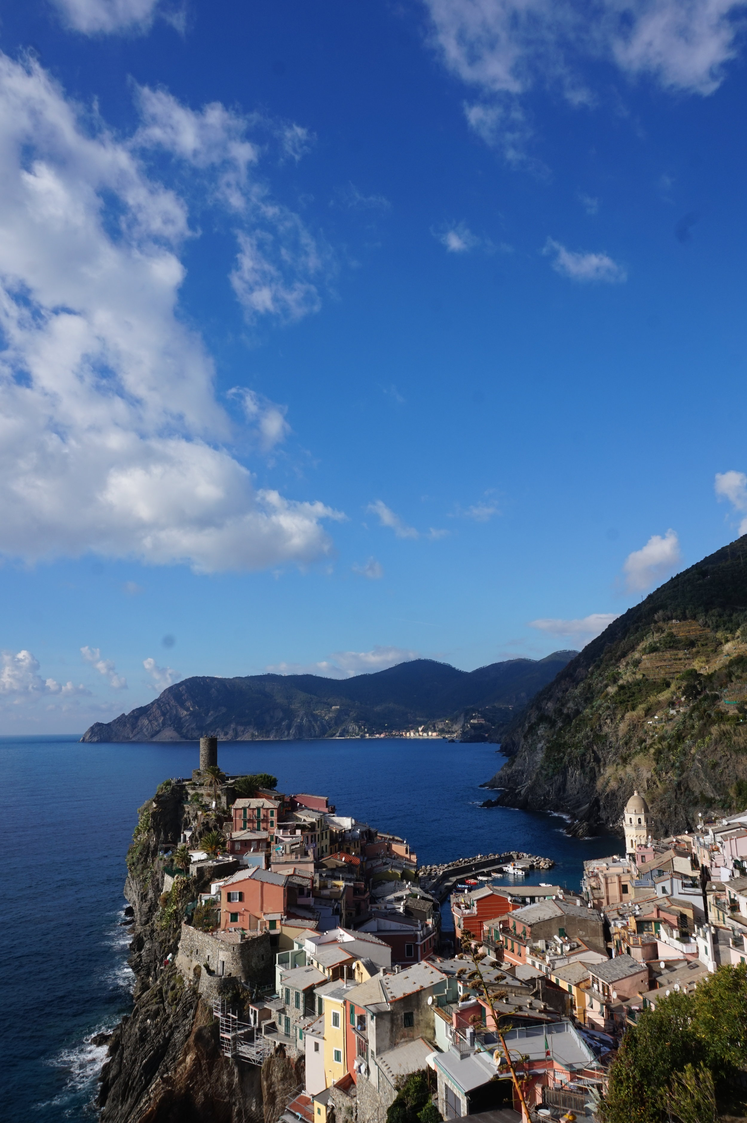 BEAUTIFUL VERNAZZA: HOME OF THE INSTAGRAM SET.