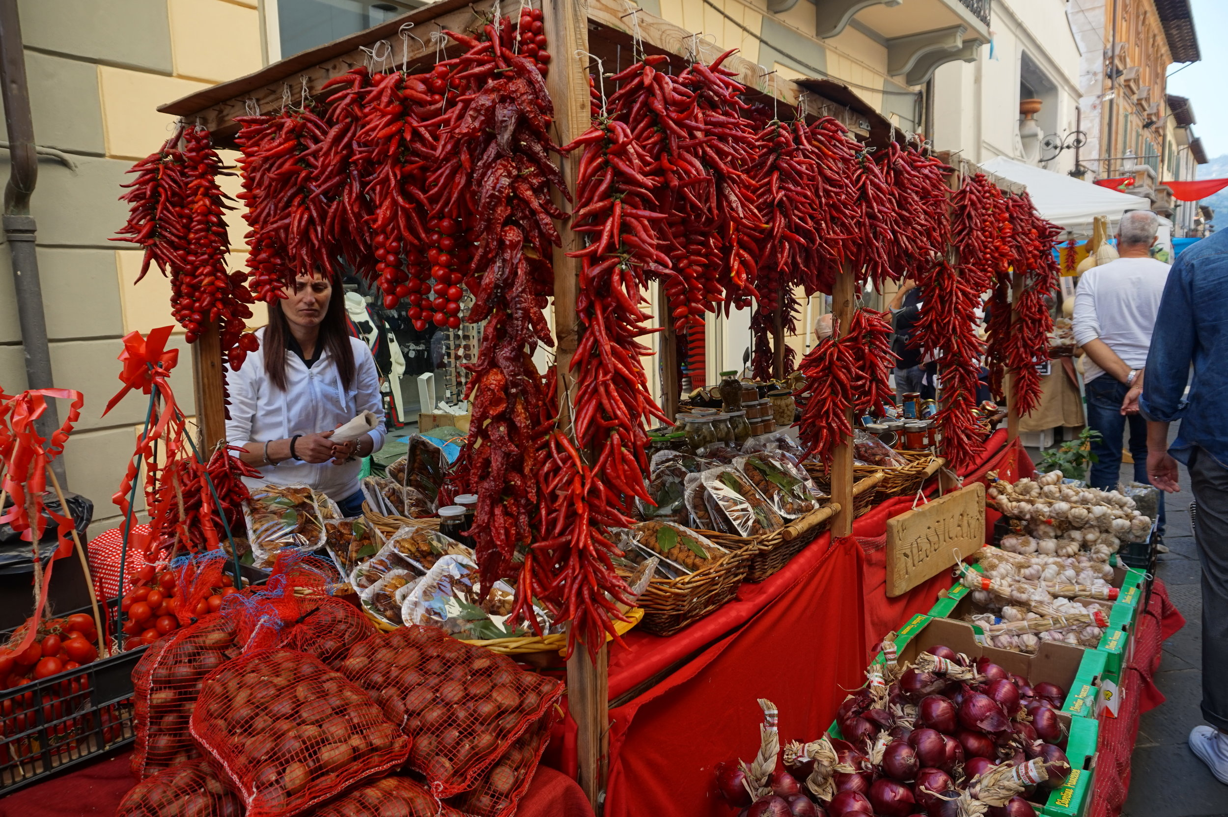 tuscany camaiore festival travel chilli food cooking kitchen family fun australia italy