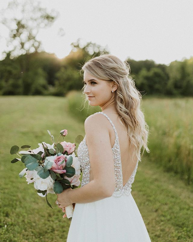 Chipping our way through editing the Porcino wedding and I couldn't help but post this one. I mean, @errennnn how are you so perfect ??!! #njbride #njwedding