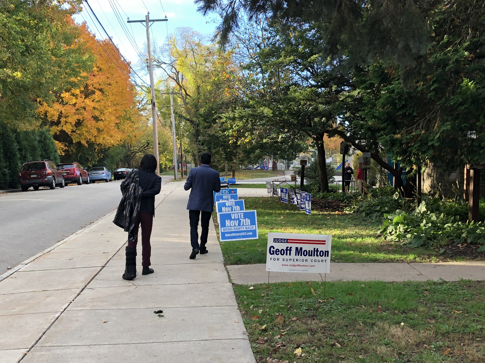 Voters head to the polls at Swarthmore-Rutledge School