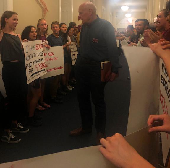 Students speaking to Task Force member David Singleton '68.