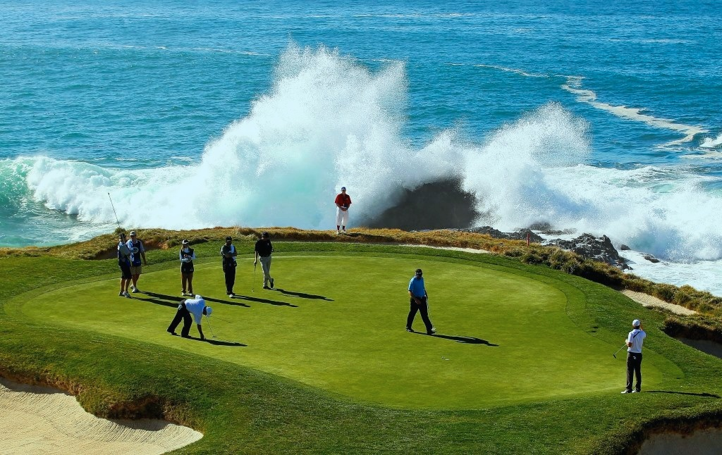 pebble-beach-golf.jpg