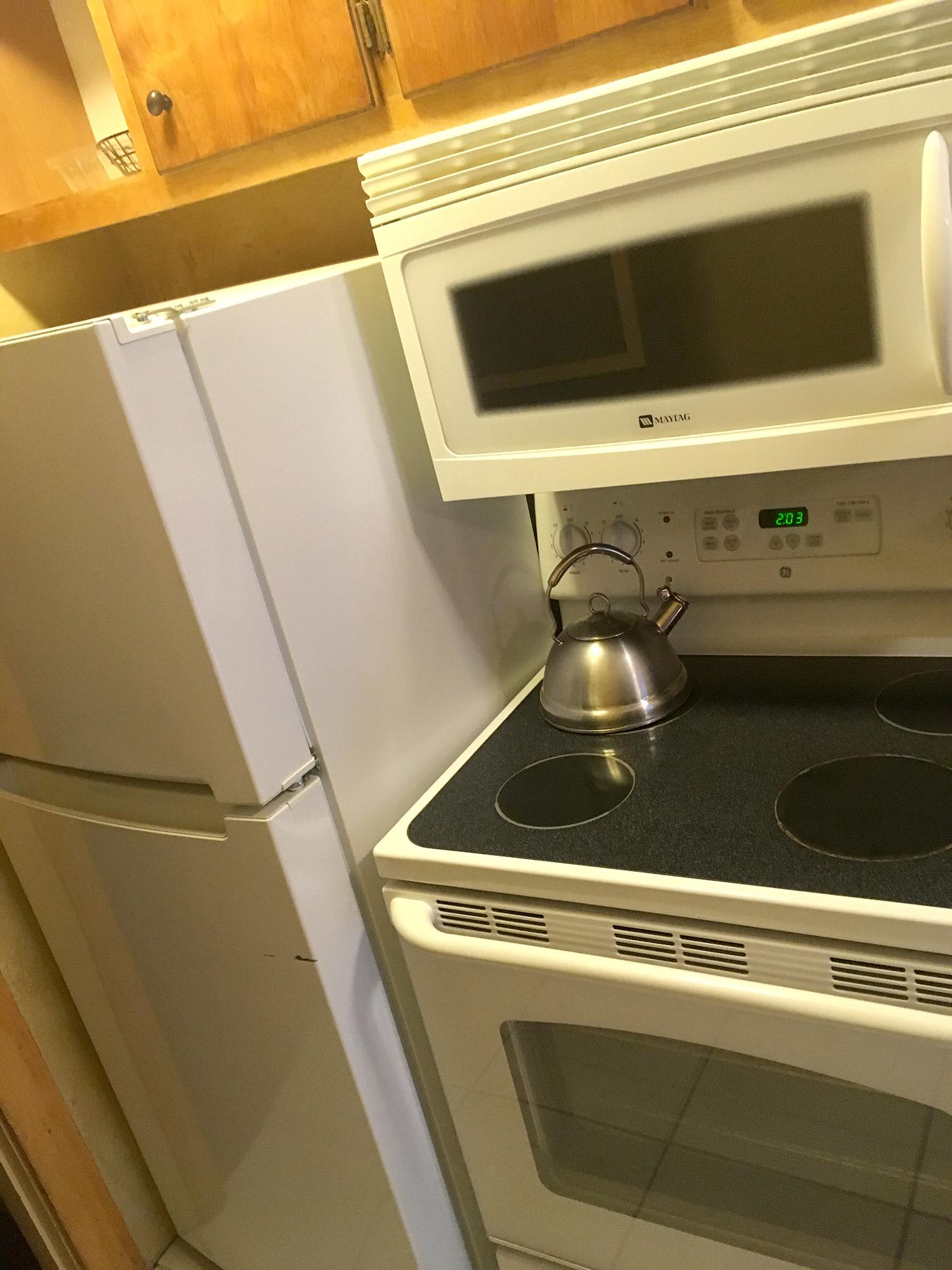 kitchen_2web.jpg