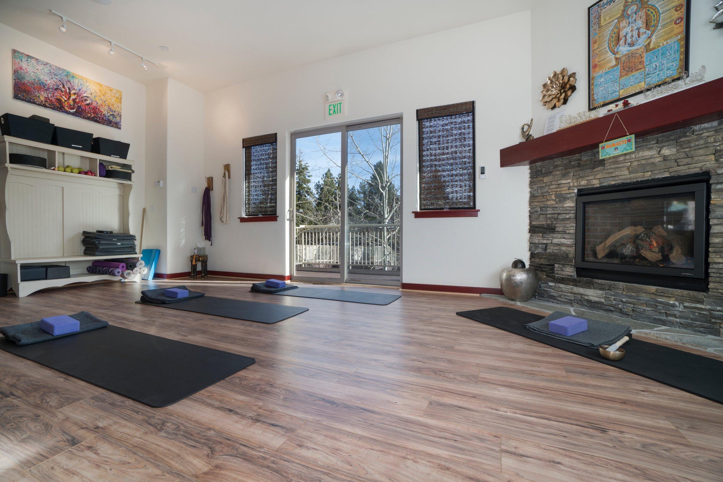 Tahoe Perfect Workout Yoga.jpg