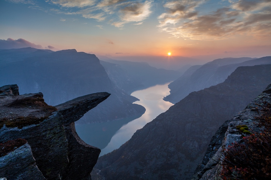 Trolltunga Classic trek, 2 day, 1 night Hike - Experience both sunset and sunrise from our camp close to Trolltunga, with spectacular scenery of the Lake.Guided all inclusive trek to Trolltunga with one night sleepover at our Trolltunga Wilderness Camp.We serve you our famous reindeer stew around the campfire after your photo shot at the scenic cliff. This by far the easiest and best way to get to and experience the famous Trolltunga Cliff