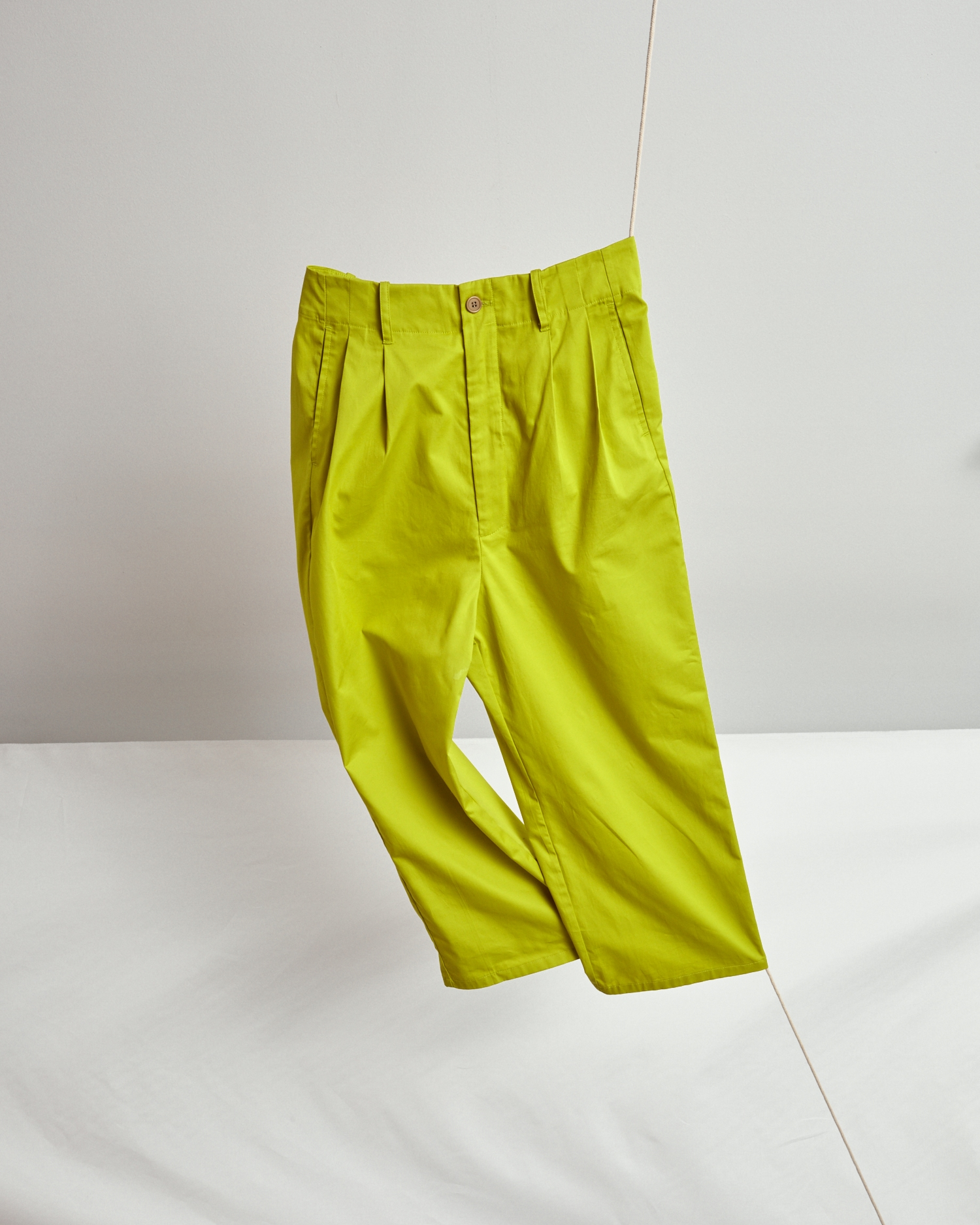 Shop Paperbag Waist Pant. Wide Leg. Lightweight. Cotton. Green.