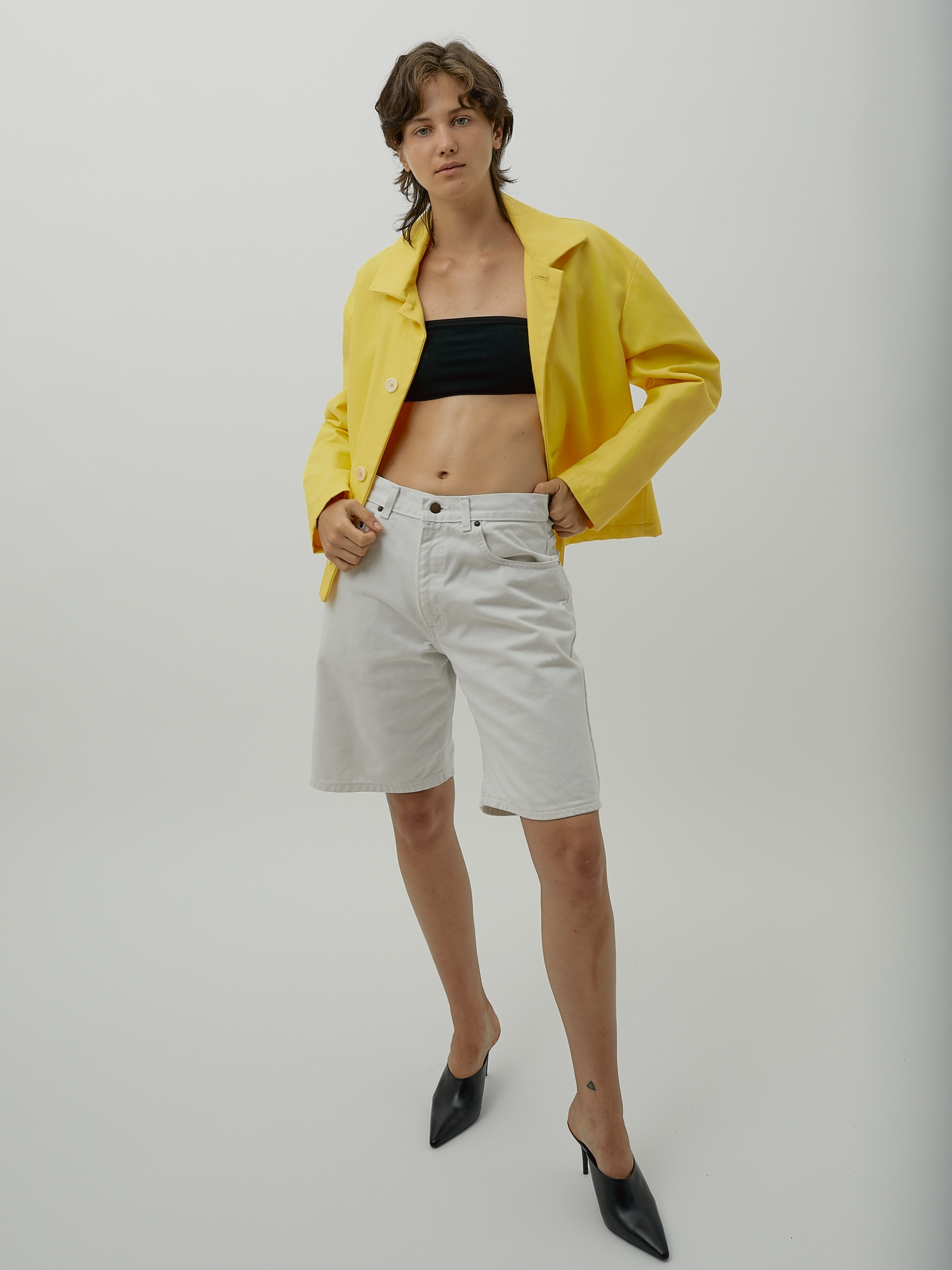 Outerwear Basics: Jacket in Yellow Canvas by One DNA