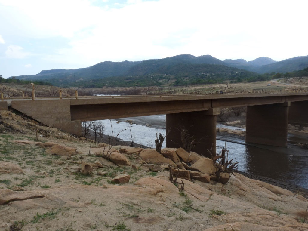 News_Drought_Bridge.jpg