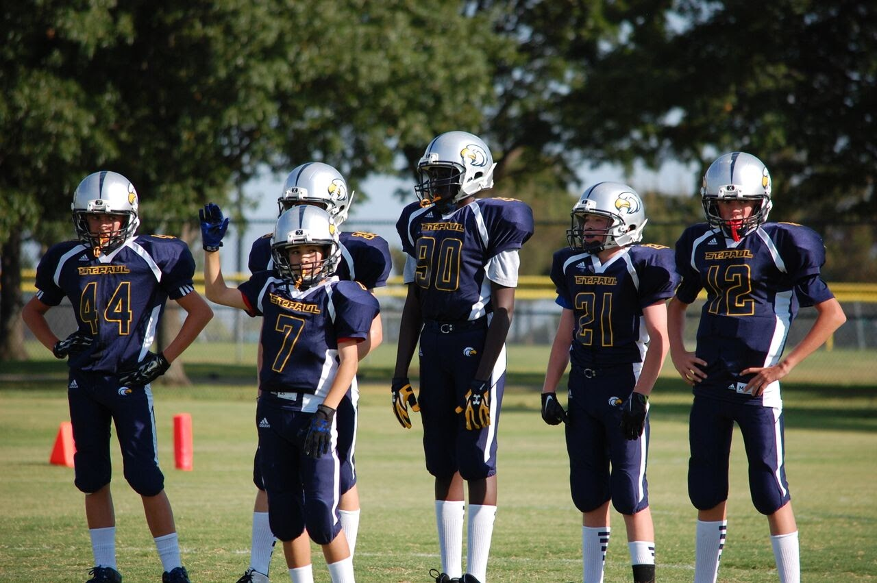 Football boys 9-15.jpg