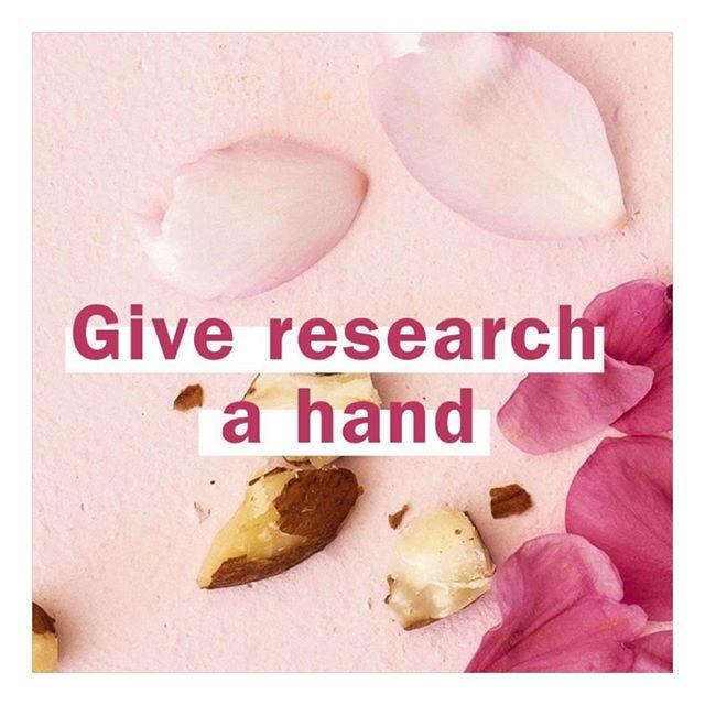 Hösten är här och din hud blir torrare än någonsin. Särskilt dina händer! Om du ändå tänker köpa en handkräm. Köp Avedas. Då är du med och hjälper till med forskningen ikring att utrota den hemska sjukdomen cancern! 👊🏻💗 @wigorganics #wigorganics #humlegårdsgatan20 #aveda #hands #avedahandrelief #limitededition #fuckcancer
