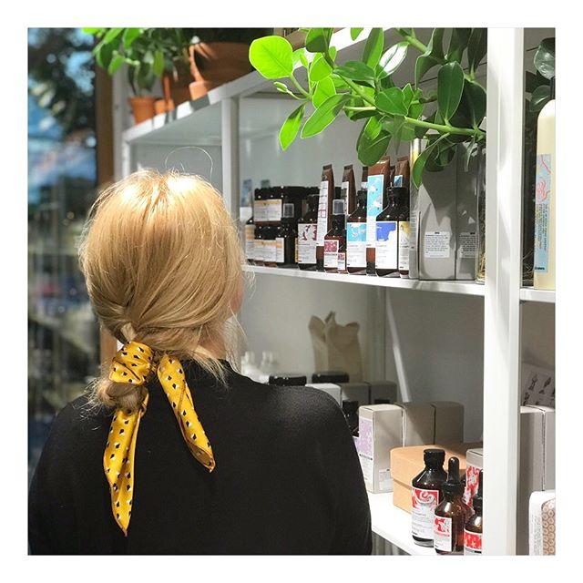 🌾 #piecesbybonbon #hairscarf #wigorganics #humlegårdsgatan20 #79ochpark