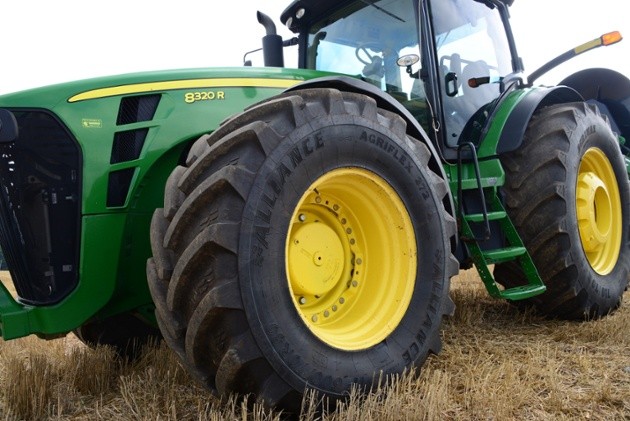 Wet Spring Planting Goes Better with IF/VF Farm Tires