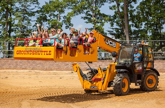 Diggerland: Where Adults and Kids Can Play in the Dirt
